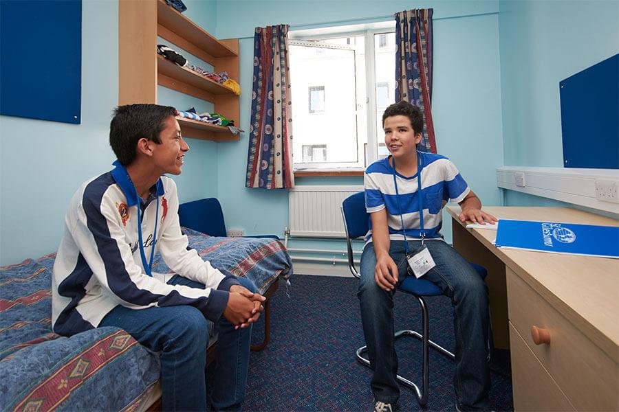 St Giles London Juniors Bedroom
